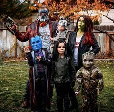 17 Family Halloween Costumes That are Creative, Funny & Cute 17 Familien-Halloween-Kostüme, die kreativ, witzig und niedlich sind – Chaylor & Mads