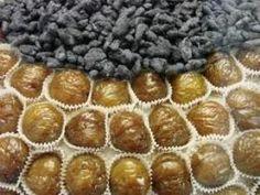 La châtaigne est le fruit comestible du châtaignier. Les châtaignes non cloisonnées sont appelées des marrons, à ne pas confondre avec le marron d'Inde, qui est la graine toxique du marronnie…
