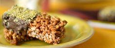 Barrette di riso soffiato, nocciole e cioccolato. scopri la ricetta su www.melarossa.it