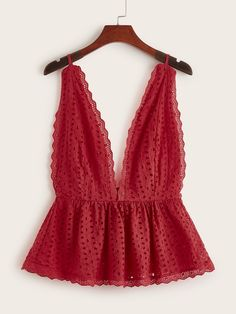 To find out about the Plus Eyelet Embroidery Ruffle Hem Scallop Backless Cami Top at SHEIN, part of our latest Plus Size Tank Tops & Camis ready to shop online today! Cami Tops, Trend Fashion, Look Fashion, Fashion Outfits, Fashion Details, Summer Outfits, Casual Outfits, Cute Outfits, 00s Mode