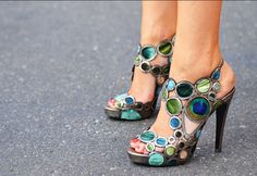 Shoes with PEACOCK FEATHERS in them?  Yes please!