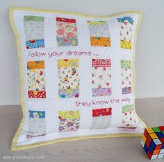 Samelia's Mum: Charm Box Pattern {FQS Top 10} mini made into a pillow uses 2 mini charm packs