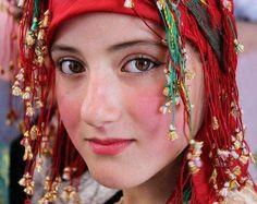 Moroccan Berber Amazing Girl - Maroc Désert Expérience tours http://www.marocdesertexperience