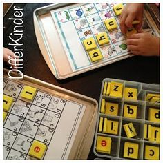 Getting them from HERE to THEREStarting Your Literacy/Daily 5 Stations in Kindergarten