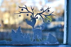 Printable Christmas Window Decorations. Daylight view.