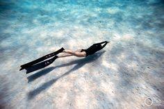 Feeling free. :-) Photo taken on one breath by Eusebio Saenz de Santamaria.