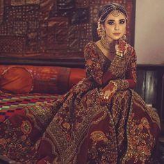 indian wedding dresses for man Asian Wedding Dress, Pakistani Wedding Outfits, Pakistani Bridal Dresses, Pakistani Wedding Dresses, Wedding Dresses For Girls, Bridal Outfits, Indian Outfits, Bridal Lehenga, Backless Wedding