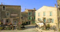 Saignon – An unspoilt medieval village in the Lube...
