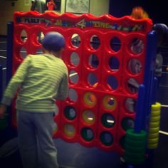 Super-sized Connect Four at the KidsFair... #goodfun #chsevents #charlestongood