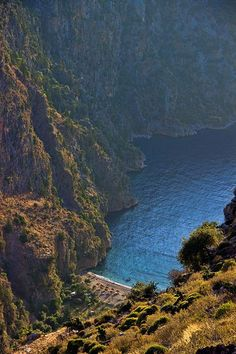 Butterfly Valley in Oludeniz, Turkey (Photo: fethiye holidays)