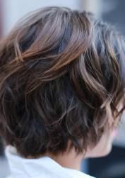 60 Short Shag Hairstyles That You Simply Can't Miss Short Hairstyles and Short Haircuts for 2019 — TheRightHairstyles Modern Shag Haircut, Short Sassy Haircuts, Short Shag Hairstyles, Easy Hairstyles For Long Hair, Short Hairstyles For Women, Pixie Haircuts, Black Hairstyles, Short Hair With Layers, Long Layered Hair