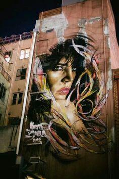 Melbourne street art, woman, female, building, architechture, graffitti, beautiful, photo.
