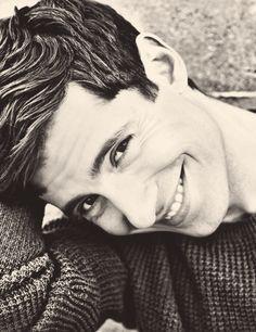 Julian Morris | pretty little liars | Ahh, I love him. I love Wren! ♡♥♡