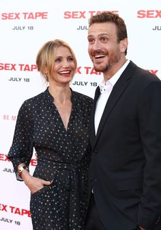 Pin for Later: This Week's Can't-Miss-Them Celebrity Photos  Cameron Diaz and Jason Segel had fun on the red carpet at the premiere of their new film, Sex Tape.