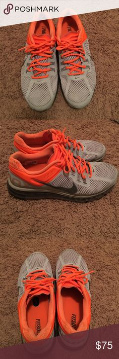 2014 Nike Air Max 2014 Nike Air Max in excellent condition. These were barely worn Nike Shoes Athletic Shoes