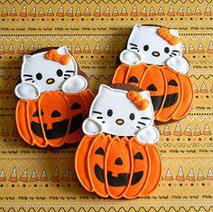 Cute Halloween Cookie- Hello Kitty Pumpkin Decorated. #HelloKitty #HelloKittyHalloween #Halloween #HelloKittyTreats