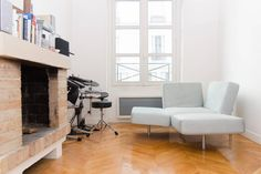 Bright and Spacious loft fitting up to 3 people, and close to the Museum of Modern Art - Beaubourg.
