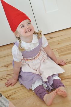 Emily - little girl gnome costume Clever Halloween Costumes, Halloween Fun, Halloween College, Awesome Costumes, Halloween Couples, Creative Costumes, Halloween Recipe, Halloween Decorations, Gnome Costume