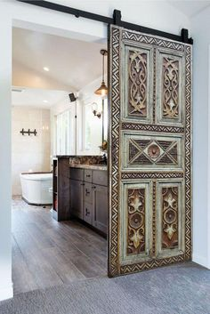 Interior Sliding Barn Doors, Exterior Doors, Interior And Exterior, Sliding Doors, Front Door Entrance, Barn Door Designs, Interior Decorating, Interior Design, Office Interiors