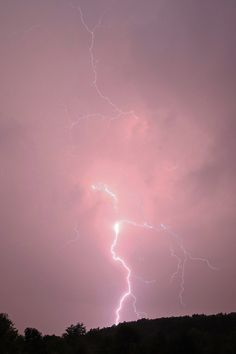 vertical lightning