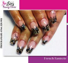 black nails  http://www.larybeautycenter.ro/servicii/unghii-cu-gel-sau-acryl