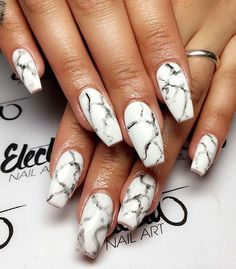Nothin' more chic than a marble mani! Nails by @electanailart #marble #mani #nailedit #tartelette