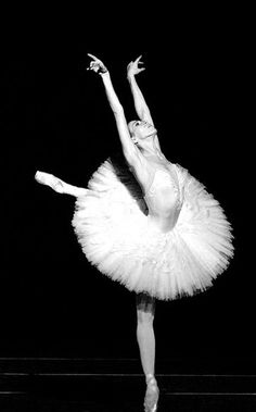 I was both a recreational and competitive dancer for most of my life. Ballet/pointe were always my favourite to perform.