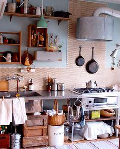 雑誌Come home ! の企画でスタイリストの石井佳苗さんが古民家をリフォームした事例です リフォーム前は本当にボロボロでしたが見事に生まれ変わりました ほんとに変わるもんですねw(o)w ありがとうございました #石井佳苗 #キッチン #kitchen #タイルライフ #tilelife #家づくり #マイホーム #マイホーム計画 #マイホーム計画中 #住宅設計 #住宅デザイン #住宅建築 #住まい #住まいづくり #建築家 #工務店 #戸建 #一戸建て #新築 #リノベーション #リフォーム #タイル #キッチンタイル #モザイクタイル #タイルDIY #ハウスノート #housenote #古民家 #リフォーム #古民家リフォーム #古民家リノベーション