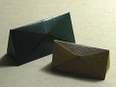 Origami Instructions: squeeze open Triangular Box or PURSE (Hans-Werner Guth) Origami Hand, Origami Rose Box, Origami Lotus Flower, Origami Gift Box, Origami Folding, Paper Crafts Origami, Useful Origami, Paper Folding, Origami Boxes