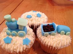 Baby shower cupcakes- train themed