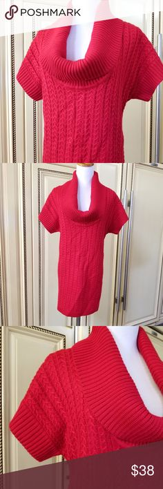 Calvin Klein long sweater In perfect condition like new.. red Calvin Klein short sleeve sweater dress with a scoop neck ... Calvin Klein Sweaters Crew & Scoop Necks