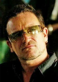 U2 - Bono.... Oh Hot Damn <3