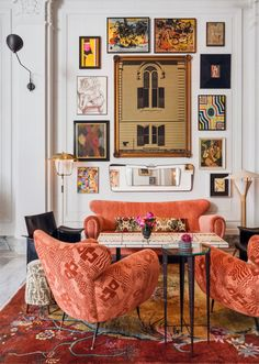 The interior design style of this luxury hotel lobby features an open living room layout layered with a combination of vintage and contemporary furniture, art from San Francisco's. Tap the pin for more hotel room aesthetic by interior designer Kelly Wearstler. Property Design, Apartment Goals, Studio Apartment, Kelly Wearstler, Furniture Upholstery, Contemporary Furniture, Living Spaces, Living Rooms, Loft