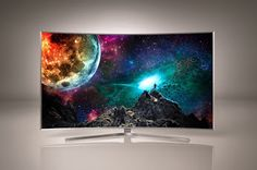 A Ultra HD TV with a curved screen and support for video, HDR and a wider colour space, along with Quad-Core processing active shutter and Smart TV powered by Tizen. Home Theater Setup, Best Home Theater, Home Theater Speakers, Smart Tv, David Bowie, Ela Weber, Tv 40, Rock And Roll, Curved Tvs