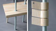Os elementos estruturais do mobiliário Beaugars são reduzidos ao indispensável, e um pequeno banco de madeira também funciona como prateleira