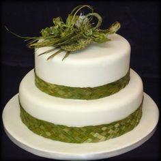 Harakeke Heaven :: Just Desserts Island Cake, New Zealand Houses, Cake Pictures, Wedding Table Settings, Sister Wedding, Themed Cakes, Let Them Eat Cake, Wedding Inspiration, Wedding Ideas