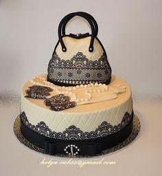 торт в стиле Коко Шанель