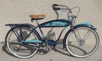 "1946 Schwinn Autocycle - Presented for your enjoyment, is this ""A"" serial number early post-war production Henderson badged Balloon tire deluxe Schwinn bicycle. Old Bicycle, Bicycle Art, Old Bikes, Tricycle, Chopper, Bike Humor, Vintage Bikes, Retro Bikes, Antique Bicycles"