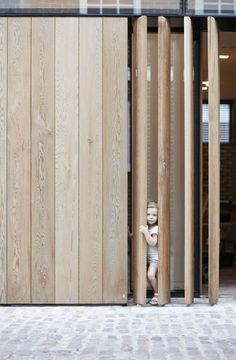 architecture - Wooden pivot screens London Mew's Development by d raw Facade Design, Door Design, Exterior Design, Interior And Exterior, House Design, Wall Design, Detail Architecture, Interior Architecture, Timber Cladding