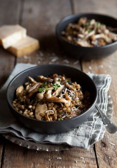 Mushroom Risotto-use barley instead of actual risotto 4 1/2 cups chicken stock or canned low-salt chicken broth 2 teaspoons butter 1 cup finely chopped onion 1 cup pearl barley 2 teaspoons chopped fresh thyme or 3/4 teaspoon dried 1 bay leaf 2 teaspoons olive oil 1 pound assorted fresh mushrooms (such as oyster, stemmed portobello and stemmed shiitake), sliced 1 garlic clove, minced 2 tablespoons chopped fresh Italian parsley