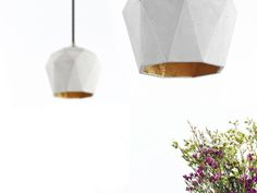Beton Hängelampe T3 Lampe Gold trianguliert Designer von GANTlights