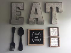 50 Popular Farmhouse Wall Decor Design Ideas for Dining Room ✓ - Farmhouse furnishings is a wonderful means to carry a welcoming contact to your residence. Dining Room Wall Decor, Country Farmhouse Decor, Bathroom Wall Decor, Farmhouse Kitchen Decor, Rustic Wall Decor, Decor For Walls, Kitchen Interior, Red Kitchen Walls, Kitchen Decor Signs