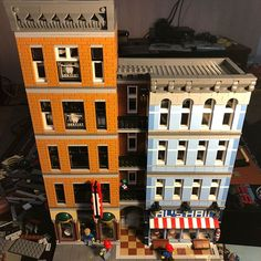 LEGO detectives office mod completed, Detective have moved out. Dentist moved in. Later I will add the ballet studio and the photographer studio #lego #legodetectivesoffice #legodetectivesofficemod #legomodel #legomodular #legomodulars #legomodularbuilding