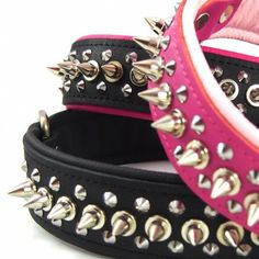 runLARArun.com 1 Spike 2 Studs Leather Collar - Stop and Stare Collars -Awesome collars, leads and harness for your dogs