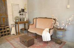 't Glimmenhofje, een webwinkel voor Brocante en industriële items. Inkoop uit Frankrijk en Begieen, tevens dealer van JDL vintage krijtverf, vintage paint