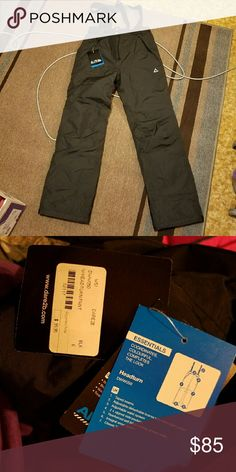 NWT Dare2B Snowboard Pants Black brand new snow board pants with suspenders, size 6.  Purchased in Breckenridge last summer and now they don't fit. Dare2B Pants