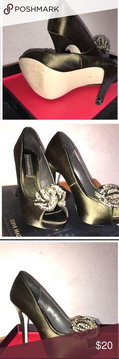 Elegant Steve Madden platform high heels Just worn two times! Very excellent condition Steve Madden high heels! Steve Madden Shoes Heels