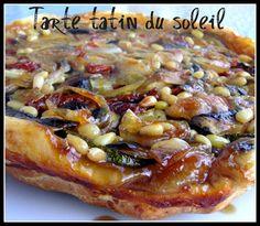 TARTE TATIN DU SOLEIL (Pour 4 P : 1 pâte feuilletée, tomates séchées, 1 oignon, 4 champignons de Paris, 1 grosse courgette, 1 grosse aubergine, sucre en poudre, pignons de pin)