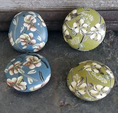 blossoms beads by Doreen Willey