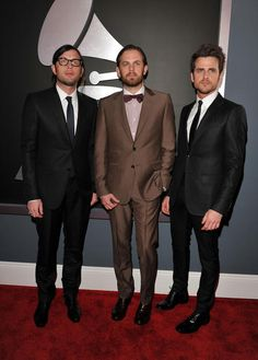 Kings of Leon at the Grammy Awards. They so cute!